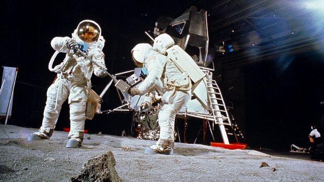 Επεισόδιο 23: Προσελήνωση του Apollo 11