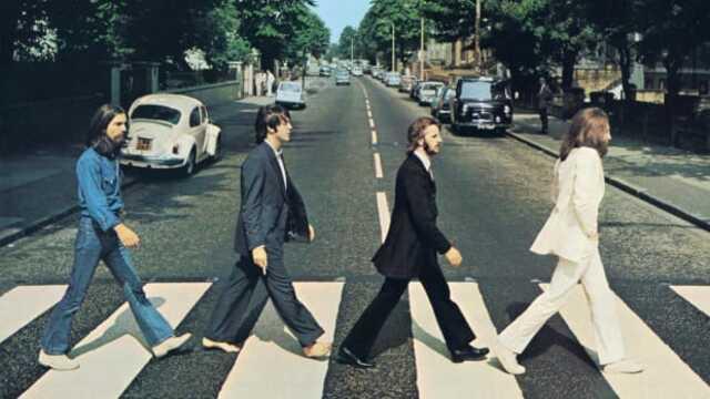 Επεισόδιο 25: Ζει ο Paul McCartney;